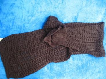 écharpe longue gros tricot pour dame - noir ou gris foncé