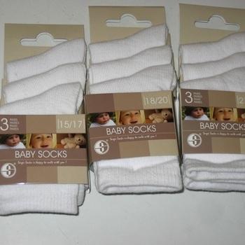chaussettes blanches avec du coton - 3 pour 2.20€ 15/17 18/20 21/23