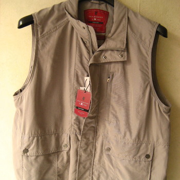 veste légère sans manches pour homme - grandes tailles en beige