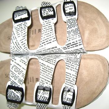 slippers avec semelle cuir blanc imprimé - reste pointure 42