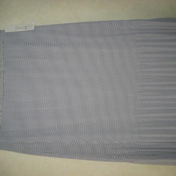 jupe plissée avec petits pois pour dame avec taille élastique - gris ou noir