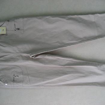 jeans brodé aux poches avec taille élastique - strech - gris clair