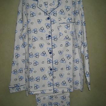 pyjama flanelle fonds écru avec coeurs pour dame - 2 coloris