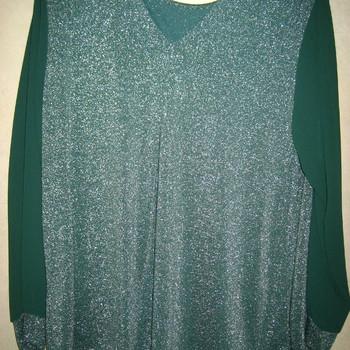 blouse avec 1 pince devant et derrière et paillettes pour dame EN PROMO - vert