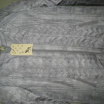 veste argentée pour dame EN PROMO - reste 38/40 - 50/52