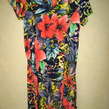 robe courtes manches fluide imprimée dans différents motifs pour dame