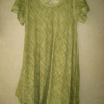 robe courtes manches en lin pour dame - brodé sur les épaules - en différents coloris