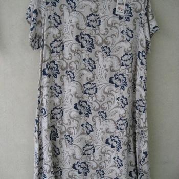 robe courtes manches (légère et agréable à porter) pour dame en différents coloris - fleurées