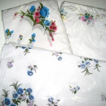mouchoirs pour dame - fleurés avec bord spécial - 12 pour 5.40€