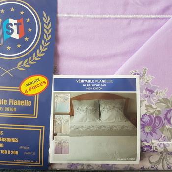 drap plat + drap housse + 2 taies pour lit de 2 personnes - flanelle - parme fleurs moyennes