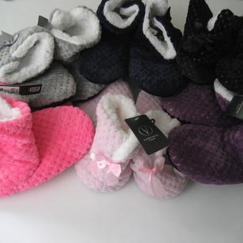 pantoufles en forme de bottes en polaire tout doux - différents coloris 36/38 & 39/41