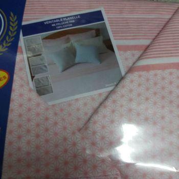 drap plat + drap housse 1.60*2m + 2 taies pour lit de 2 personnes - flanelle - rose petits dessins