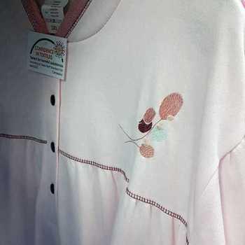 robe de nuit molletonné pour dame - col mao fleur rose - fabrication belge - reste 3XL