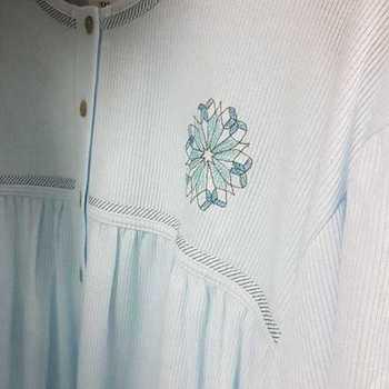 robe de nuit cotelé poly-coton pour dame - qualité belge fleur ciel - reste XXL & 3XL