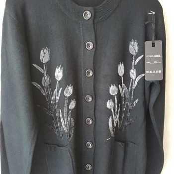 gilet boutonné avec poches pour dame - tulipes noir 42/44