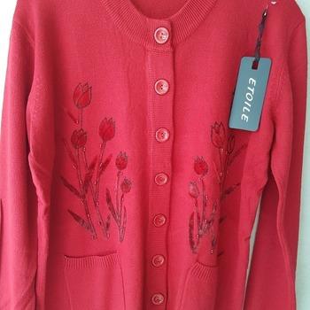 gilet boutonné avec poches pour dame - tulipes bordeau 42/44