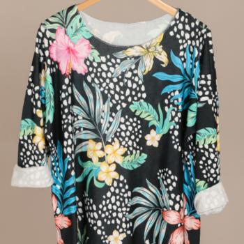 blouse fleuré fond noir tricot doux T46/52