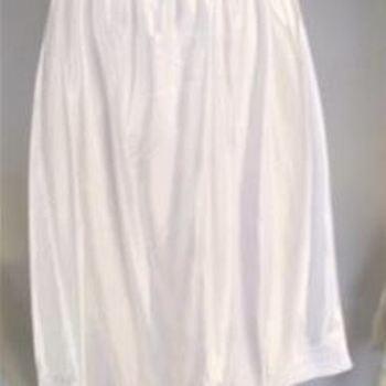 jupon satiné pour dame - écru, blanc ou noir