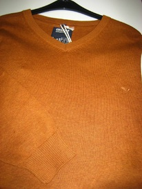 pull V coton ocre ou turquoise pour homme - grandes tailles