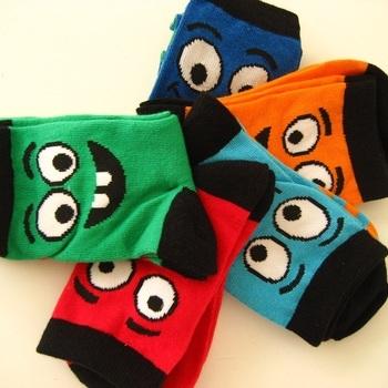 chaussettes enfant avec du coton : 5 pour 4.50€ - reste 27/30
