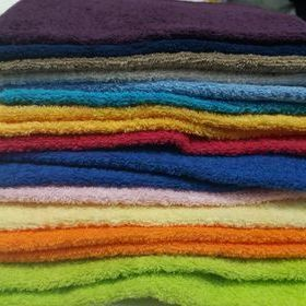 serviette invité éponge 30*50cm - grand choix en coloris