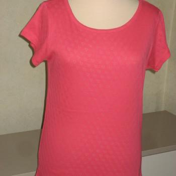 t-shirt coton cintré coeurs dans tissu pour dame - reste corail 34/36 EN PROMO