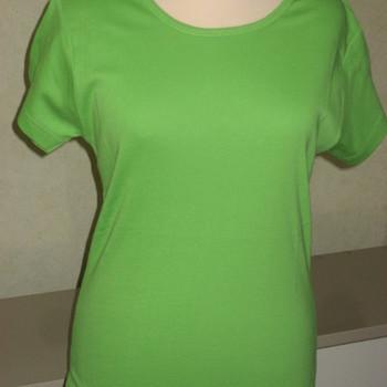 t-shirt coton uni vert 38/40 EN PROMO