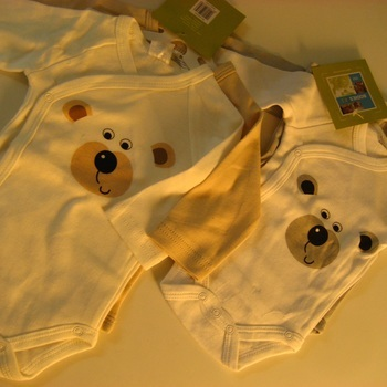bodies coton longues manches ouverture sur le côté ourson : 2 pour 5.60€