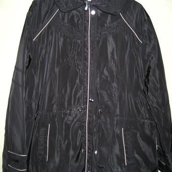 veste noire intérieur polaire taille 50 à 56 pour dame